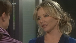 Dr Veronica Olenski, Steph Scully in Neighbours Episode 5614