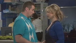 Toadie Rebecchi, Steph Scully in Neighbours Episode 5615