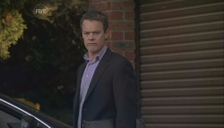 Paul Robinson in Neighbours Episode 5615
