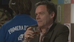 Paul Robinson in Neighbours Episode 5620