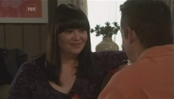 Kelly Katsis, Toadie Rebecchi in Neighbours Episode 5620