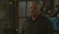 Harold Bishop in Neighbours Episode 5622