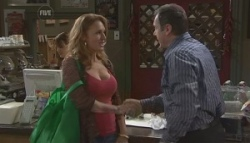 Cassandra Freedman, Karl Kennedy in Neighbours Episode 5623