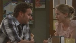 Lucas Fitzgerald, Elle Robinson in Neighbours Episode 5626