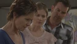 Susan Kennedy, Elle Robinson, Lucas Fitzgerald in Neighbours Episode 5627