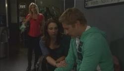 Samantha Fitzgerald, Libby Kennedy, Dan Fitzgerald in Neighbours Episode 5628