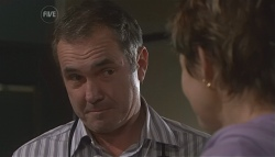 Karl Kennedy, Susan Kennedy in Neighbours Episode 5629