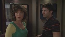 Bridget Parker, Declan Napier in Neighbours Episode 5630