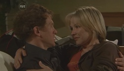 Greg Michaels, Steph Scully in Neighbours Episode 5630