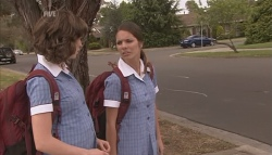 Bridget Parker, Rachel Kinski in Neighbours Episode 5632