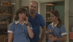Bridget Parker, Steve Parker, Rachel Kinski in Neighbours Episode 5632