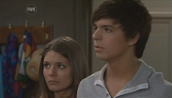 Rachel Kinski, Zeke Kinski in Neighbours Episode 5632