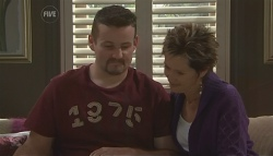 Toadie Rebecchi, Susan Kennedy in Neighbours Episode 5635