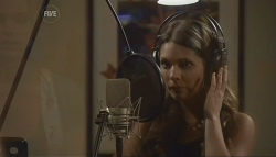 Rachel Kinski in Neighbours Episode 5636