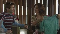 Declan Napier, Rebecca Napier in Neighbours Episode 5636
