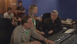"Ty Harper, Toadie Rebecchi, Zeke Kinski, Donna Freedman, Ian ""Dicko"" Dickson in Neighbours Episode 5636"