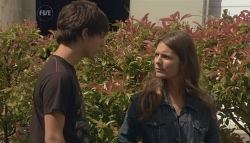 Zeke Kinski, Rachel Kinski in Neighbours Episode 5636