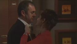 Karl Kennedy, Susan Kennedy in Neighbours Episode 5640