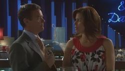 Paul Robinson, Rebecca Napier in Neighbours Episode 5640