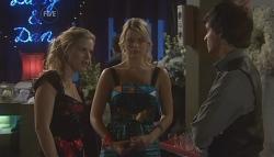Elle Robinson, Donna Freedman, Zeke Kinski in Neighbours Episode 5640