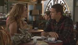 Cassandra Freedman, Andrew Simpson in Neighbours Episode 5640