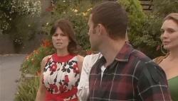 Rebecca Napier, Andrew Simpson, Cassandra Freedman in Neighbours Episode 5640