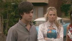 Zeke Kinski, Donna Freedman in Neighbours Episode 5641