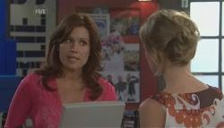 Rebecca Napier, Elle Robinson in Neighbours Episode 5641