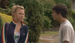 Donna Freedman, Zeke Kinski in Neighbours Episode 5641