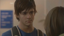 Zeke Kinski, Rachel Kinski in Neighbours Episode 5643