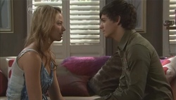 Donna Freedman, Zeke Kinski in Neighbours Episode 5644