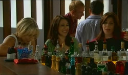 Steph Scully, Libby Kennedy, Rebecca Napier in Neighbours Episode 5670