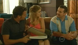 Lucas Fitzgerald, Elle Robinson, Toadie Rebecchi in Neighbours Episode 5681