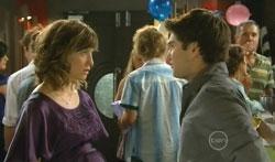 Bridget Parker, Declan Napier in Neighbours Episode 5681