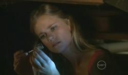 Elle Robinson in Neighbours Episode 5681