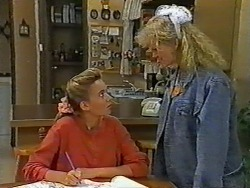 Bronwyn Davies, Sharon Davies in Neighbours Episode 0961