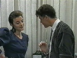 Gail Robinson, Paul Robinson in Neighbours Episode 0963