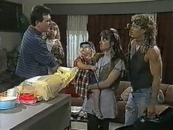 Des Clarke, Jamie Clarke, Sky Bishop, Kerry Bishop, Henry Ramsay in Neighbours Episode 0964