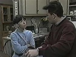 Hilary Robinson, Matt Robinson in Neighbours Episode 1030