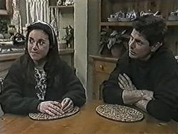Kerry Bishop, Joe Mangel in Neighbours Episode 1030