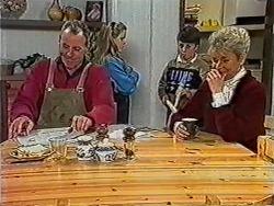 Jim Robinson, Katie Landers, Toby Mangel, Helen Daniels in Neighbours Episode 1031