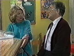 Madge Bishop, Harold Bishop in Neighbours Episode 1032