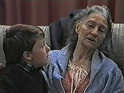 Toby Mangel, Mary Crombie in Neighbours Episode 1038