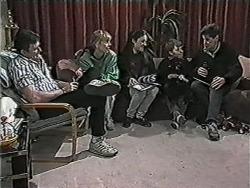 Des Clarke, Jane Harris, Kerry Bishop, Toby Mangel, Joe Mangel in Neighbours Episode 1038