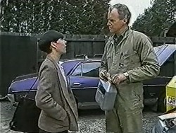 Hilary Robinson, Jim Robinson in Neighbours Episode 1040
