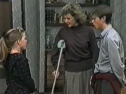 Katie Landers, Beverly Robinson, Todd Landers in Neighbours Episode 1040