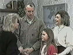 Helen Daniels, Jim Robinson, Katie Landers, Beverly Marshall in Neighbours Episode 1043