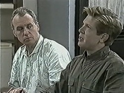 Jim Robinson, Clive Gibbons in Neighbours Episode 1043