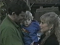 Des Clarke, Jamie Clarke, Jane Harris in Neighbours Episode 1043