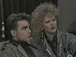 Nick Page, Sharon Davies in Neighbours Episode 1044